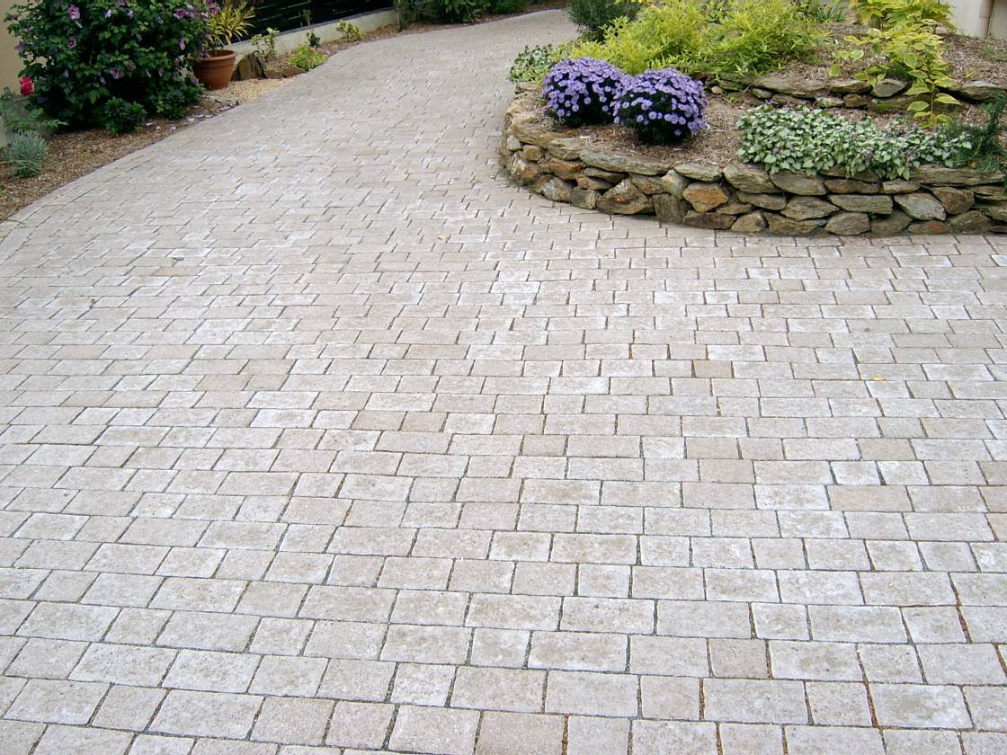 Pav s apia grand apia perin groupe - Pave autobloquant gris ...